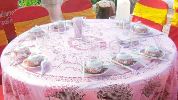 โต๊ะจีนยินดีให้บริการ